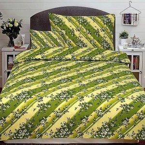 Flanel ágyneműhuzat 3 részes zöld virágokkal.