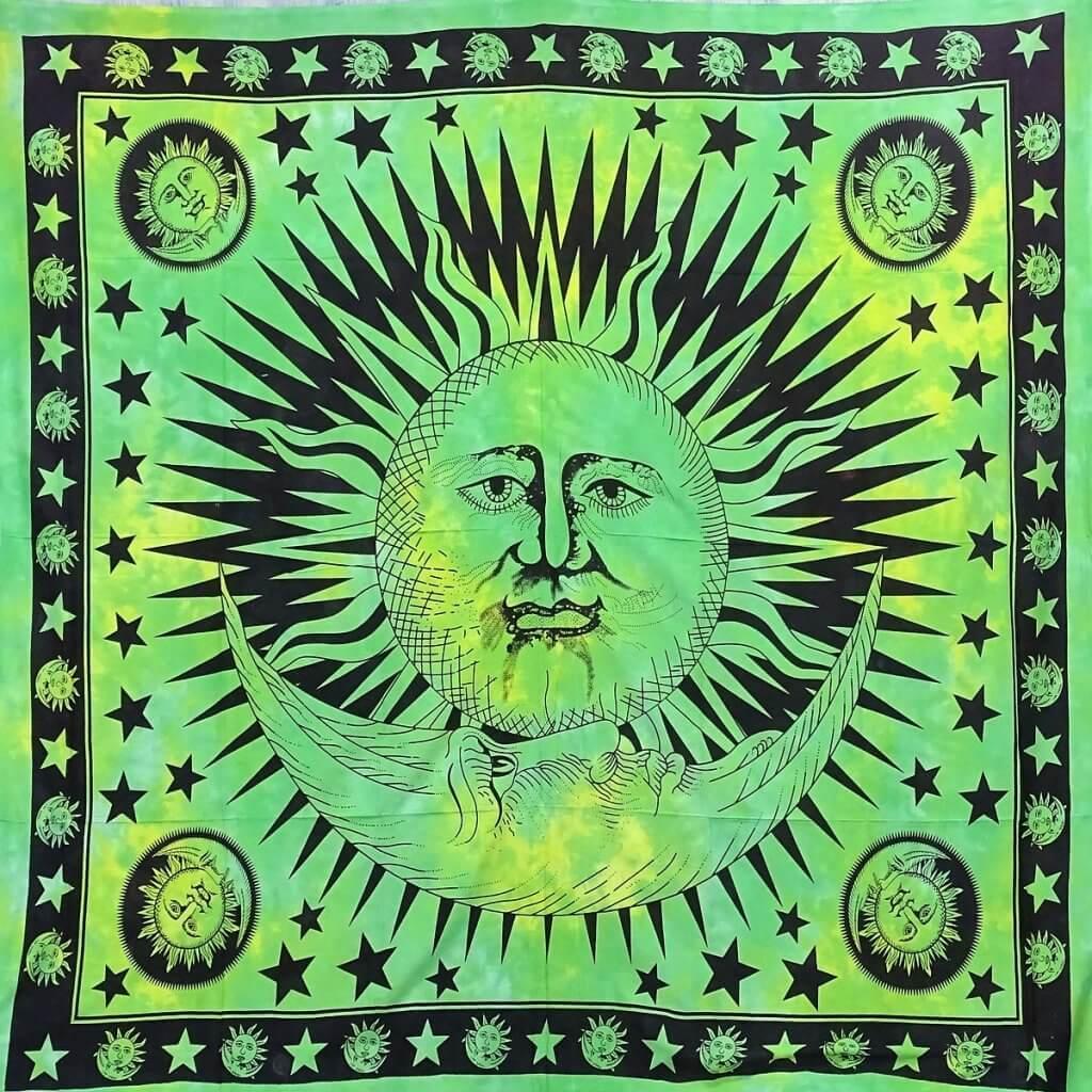 Nap mintás falidísz Indiából zöld színben