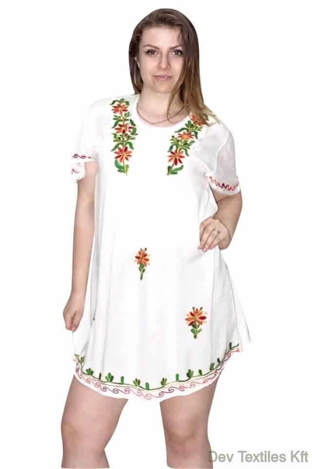 Indiai nyári tunika fehér színben hímzett minta w81002