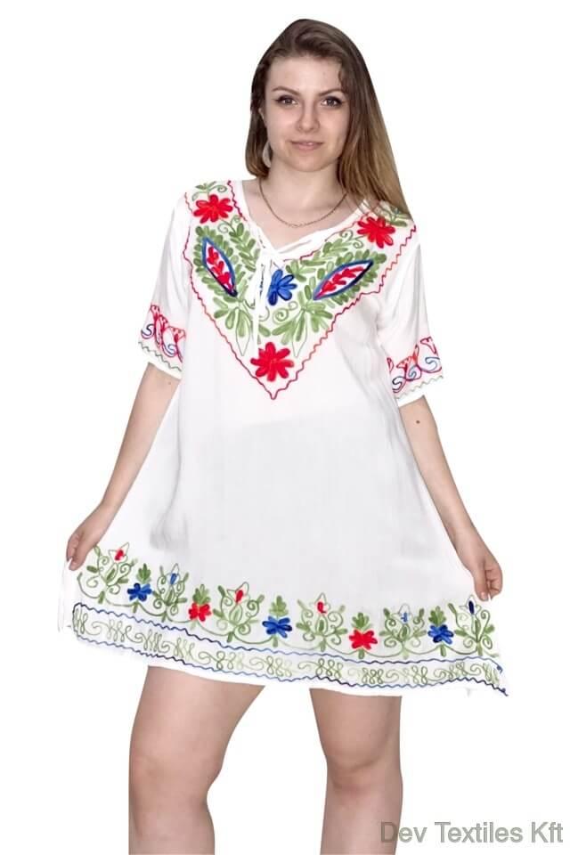 Indiai-nyári-tunika-fehér-színben-hímzett-minta-w81004.jpg