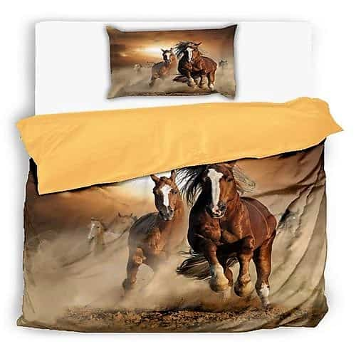 barna színben vágtató lovakkal pamut ágynemű