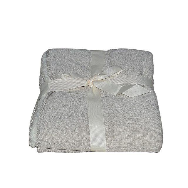drapp színben puha takaró egy személynek kis méret
