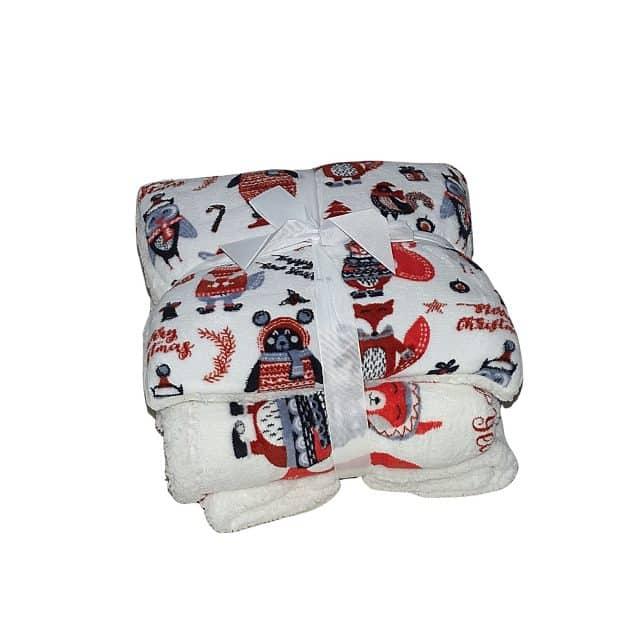 piros mintás puha takaró és párna