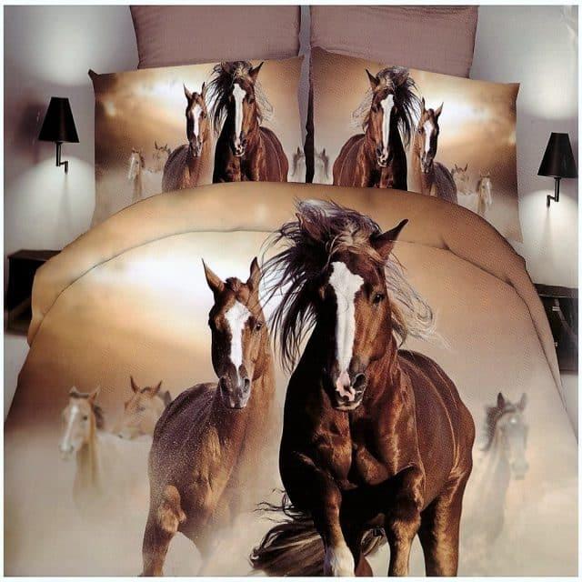 barna színben vágtázó lovak pamut ágynemű