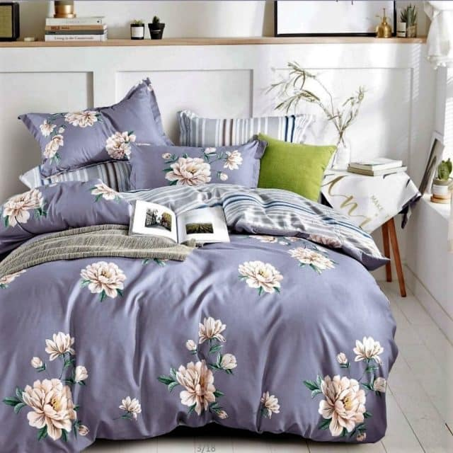 szürkés kék árnyalat virágokkal pamut ágynemű