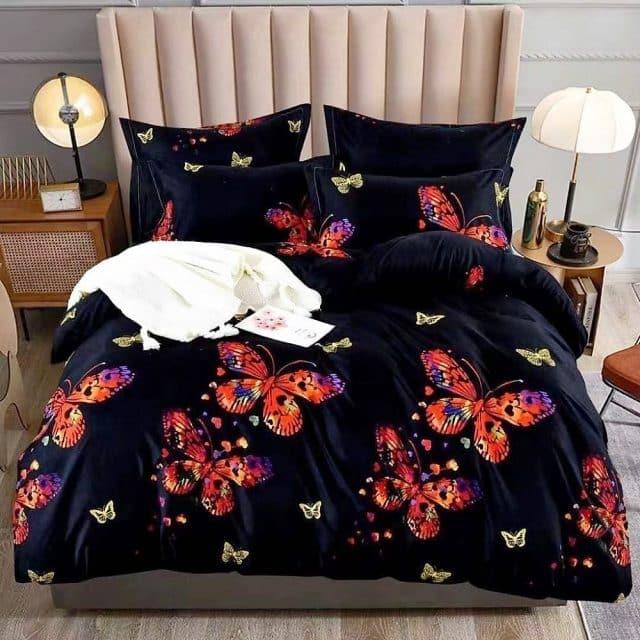Fekete színben színes pillangó pamut ágynemű