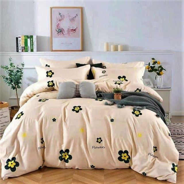 Krém színű alapon virág minta ágynemű