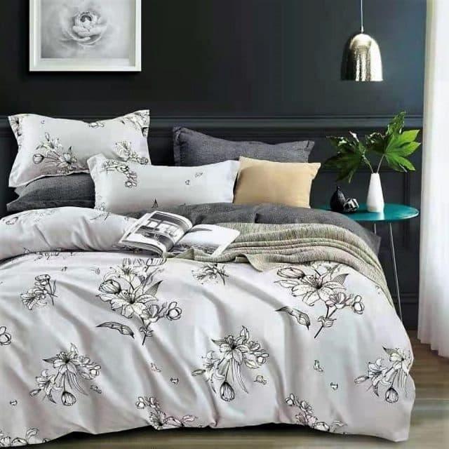 Pamut szürke színben virágokkal ágynemű