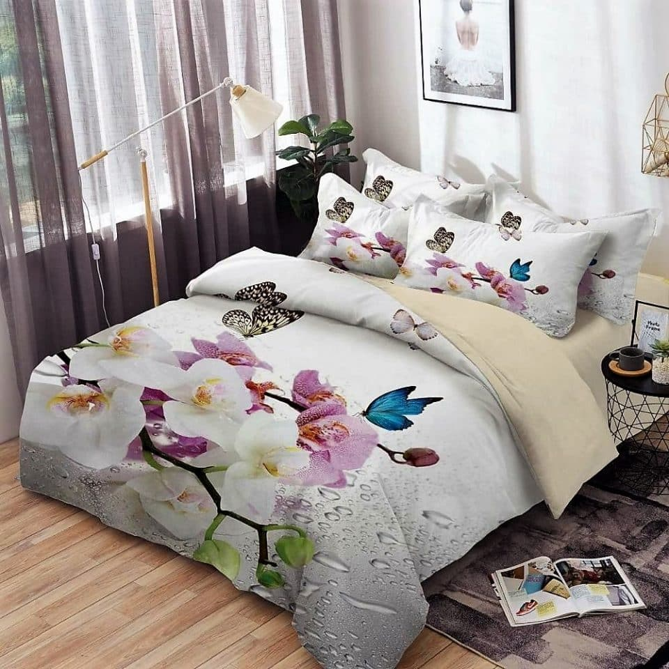 ágynemű garnitúra színes virágok krém alapon
