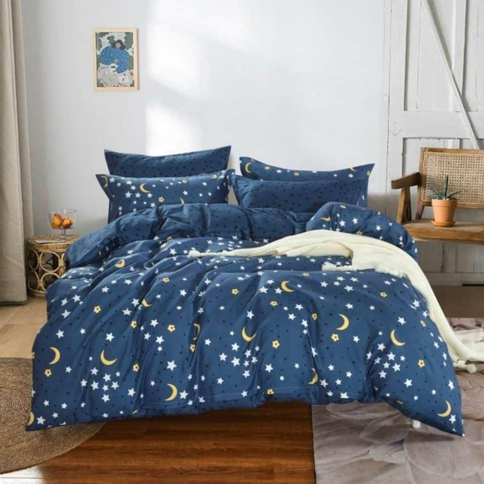 kék színben hold és csillagok ágynemű