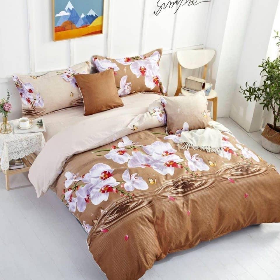 krepp ágynemű fehér virágok barna bézs szín